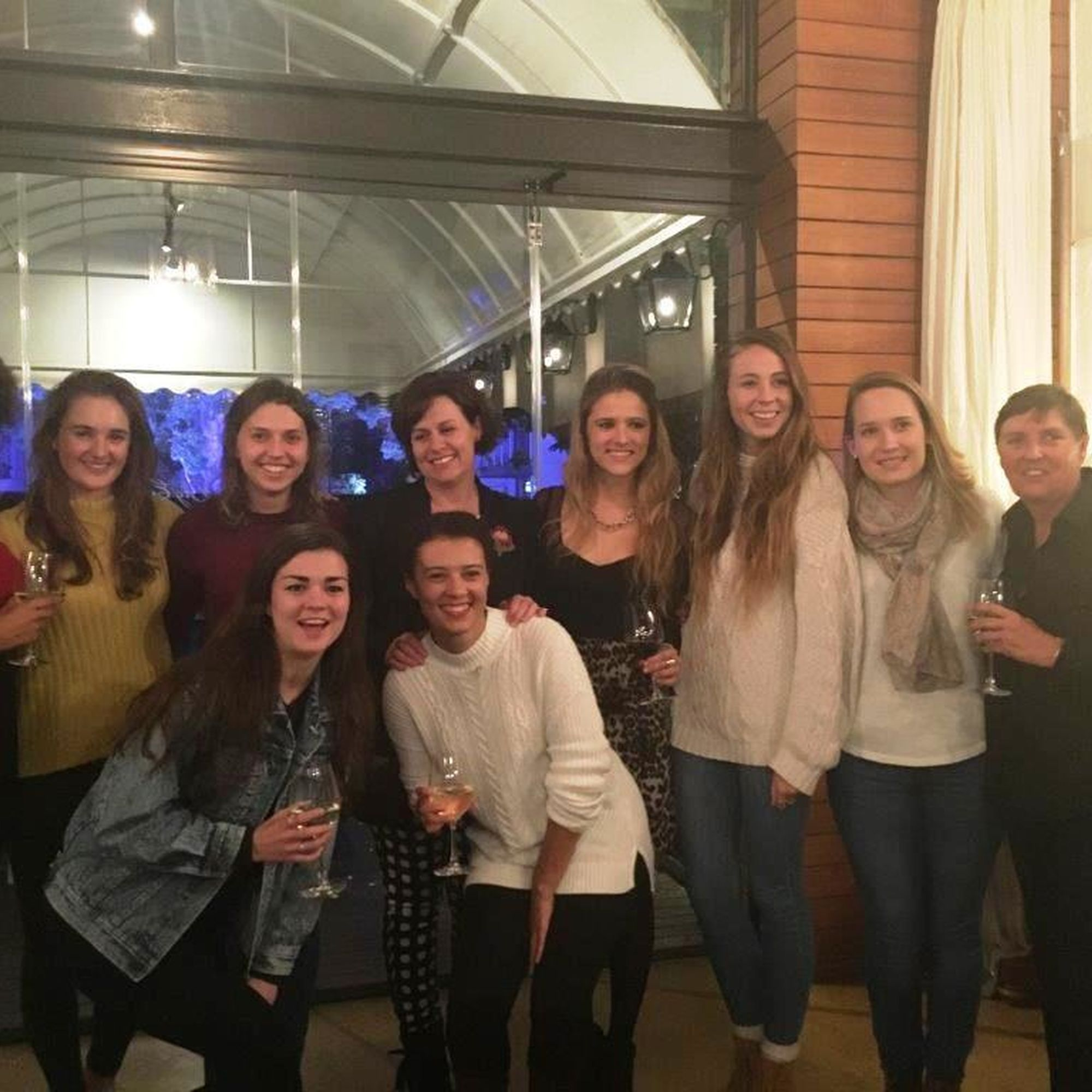 Students from stellenbosch university meeting up with deanne king and ros howell